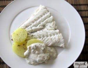 Merluza y patatas en vaporera