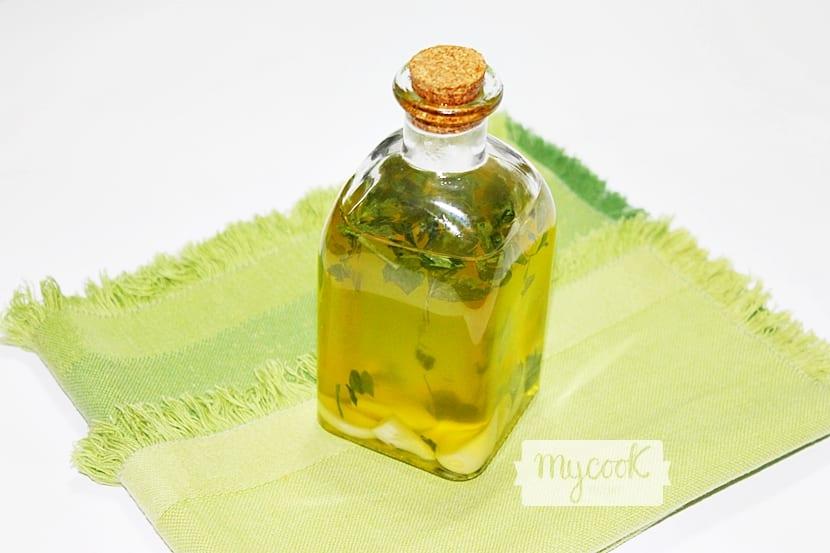 aceite-de-ajo-y-perejil2