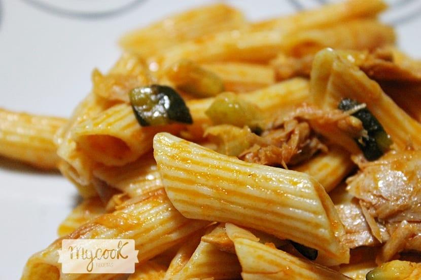 pasta-con-calabacin-y-ventresca2