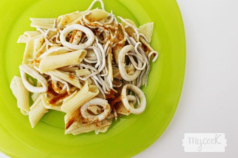 pasta-con-calamar-y-gulas