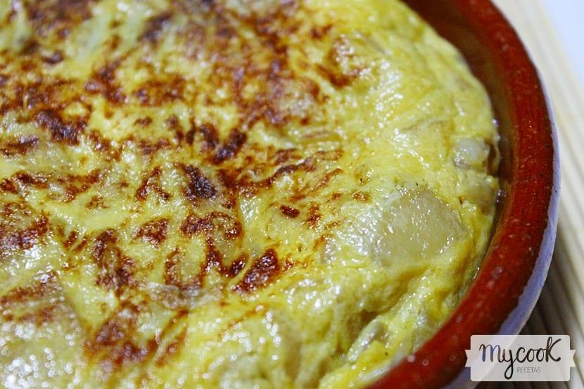 tortilla-de-cebolla2
