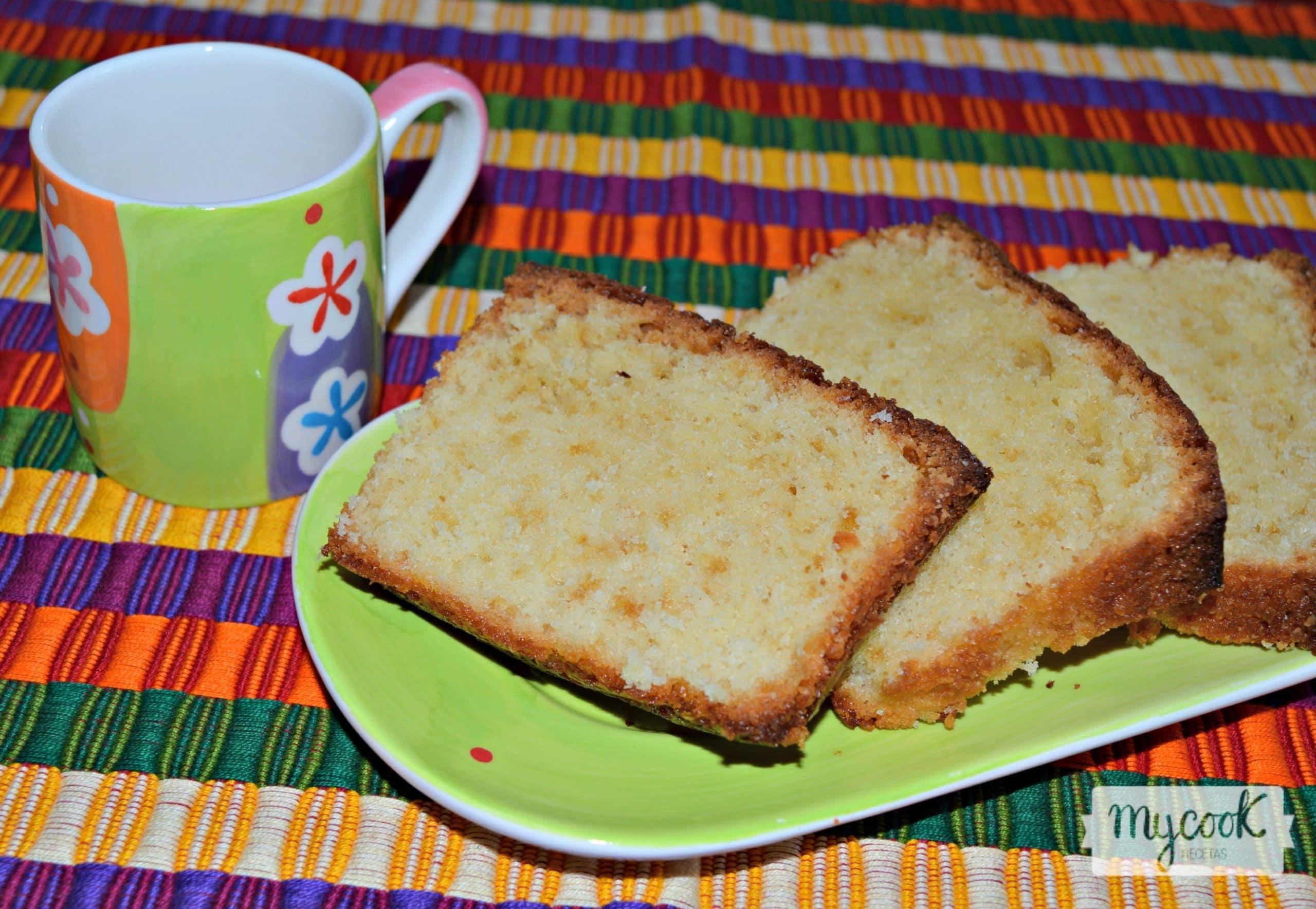 Bizcocho cl sico de yogur for Tiempo bizcocho yogur