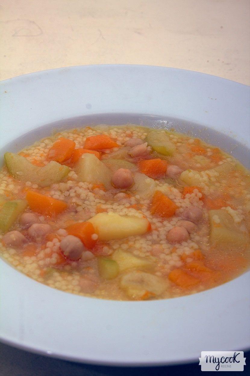 Sopa de calabacín y calabaza