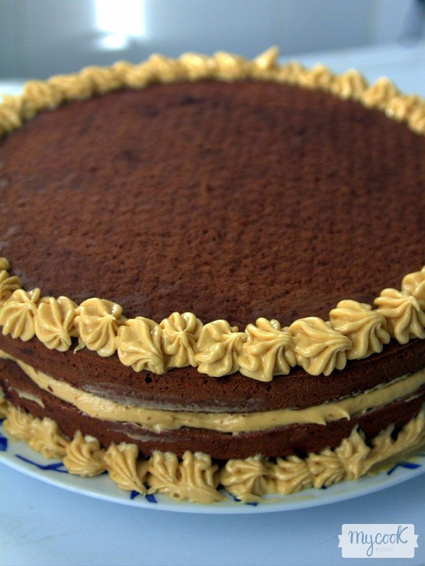 tarta vegana de cacahuete y cacao