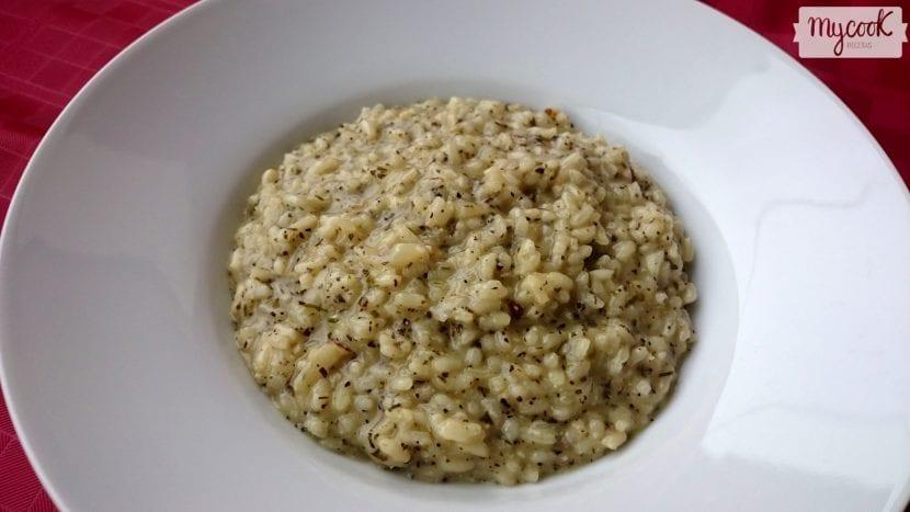risotto-de-albahaca-y-frutos-secos