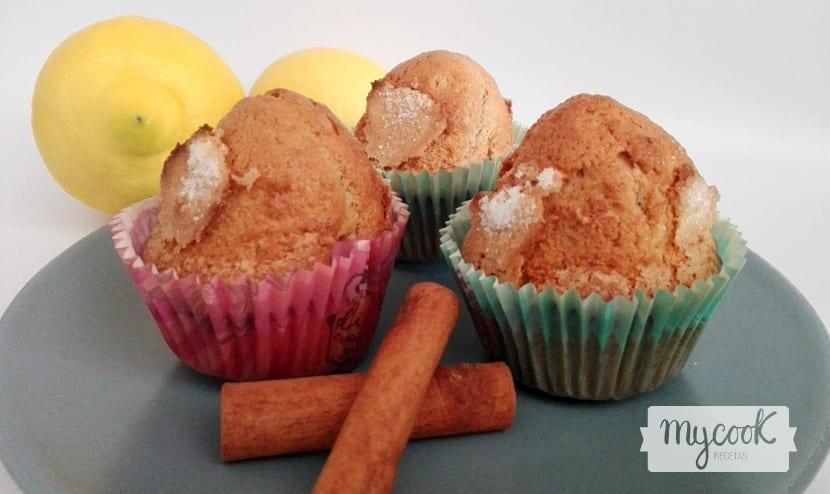 Magdalenas de canela y limón preparadas con Mycook