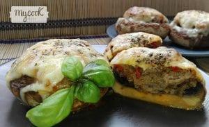 champiñones rellenos de carne y sobrasada