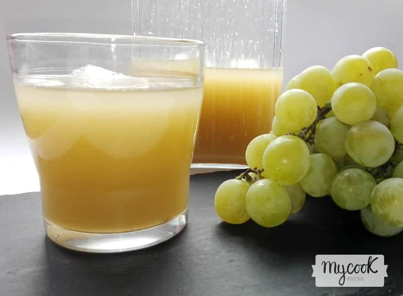 zumo de uva blanca y lima