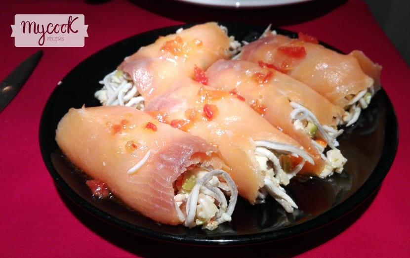 rollitos de salmon con gulas