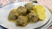 albóndigas en salsa de almendras malagueña