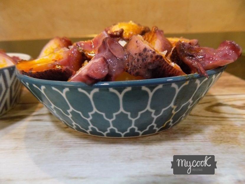 patatas revolconas con pulpo en Mycook
