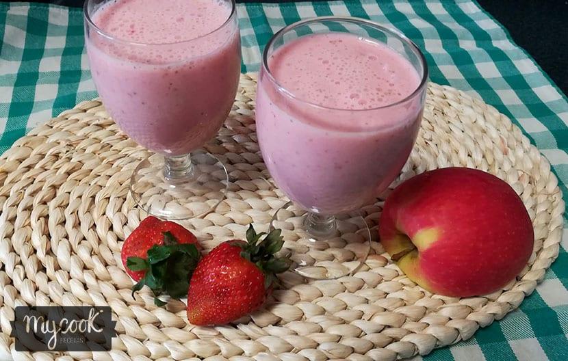batido de fresas y manzana