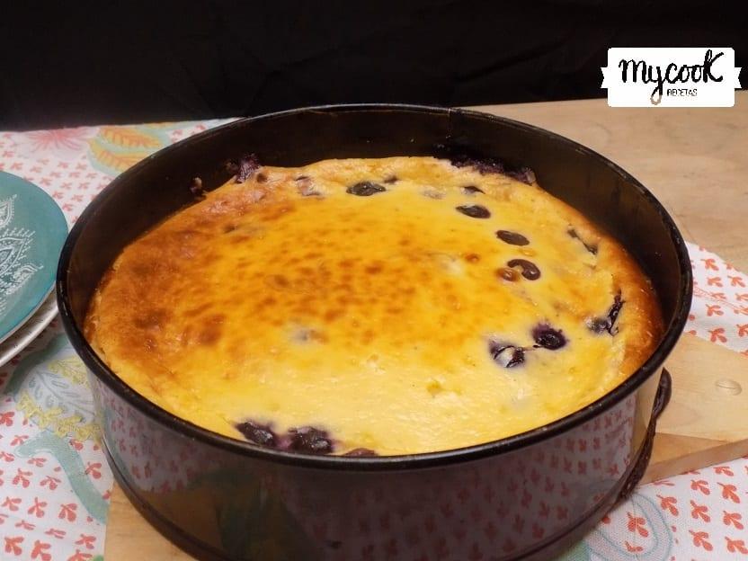 tarta de chocolate blanco y arándanos con Mycook