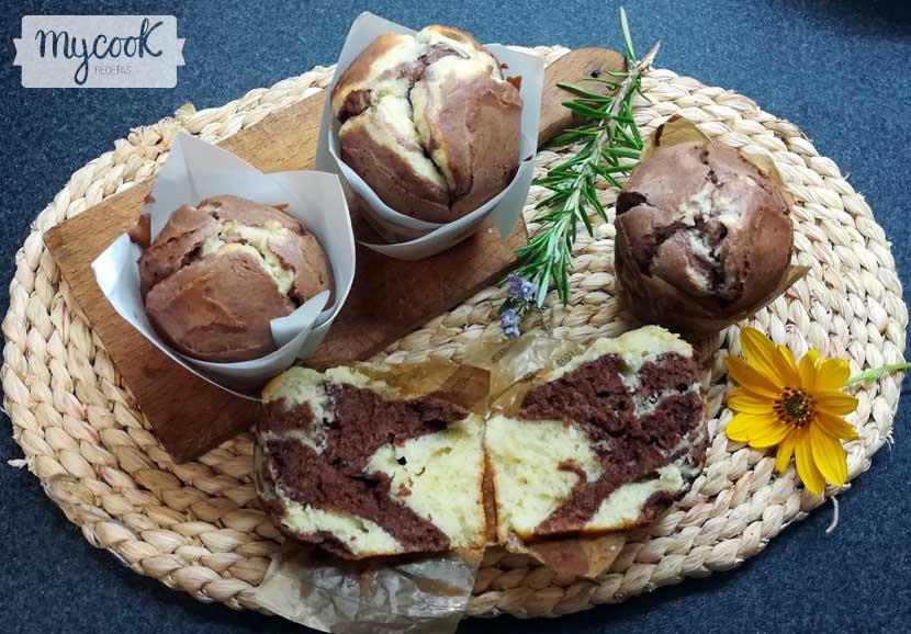 magdalenas de mascarpone y chocolate
