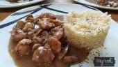 Pollo con salsa de Oporto y champiñones
