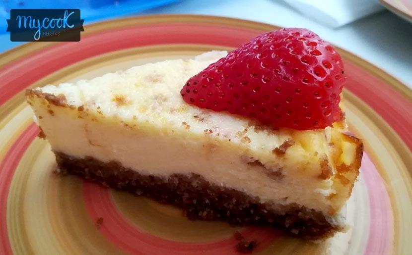tarta de queso y galleta