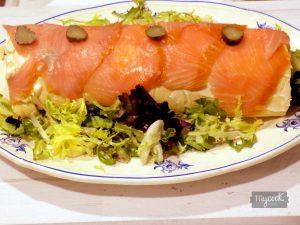 Brazo gitano de salmón ahumado