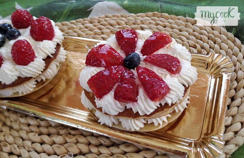 Tortitas con nata y fresas