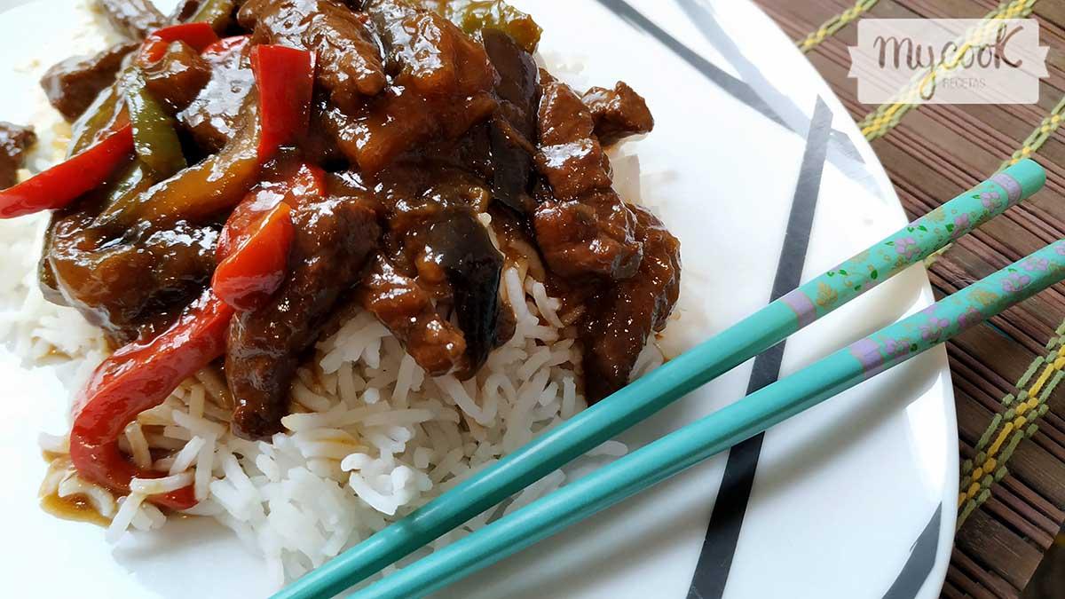 ternera china con berenjenas y pimientos