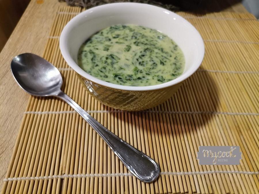 Crema de espinacas con mascarpone
