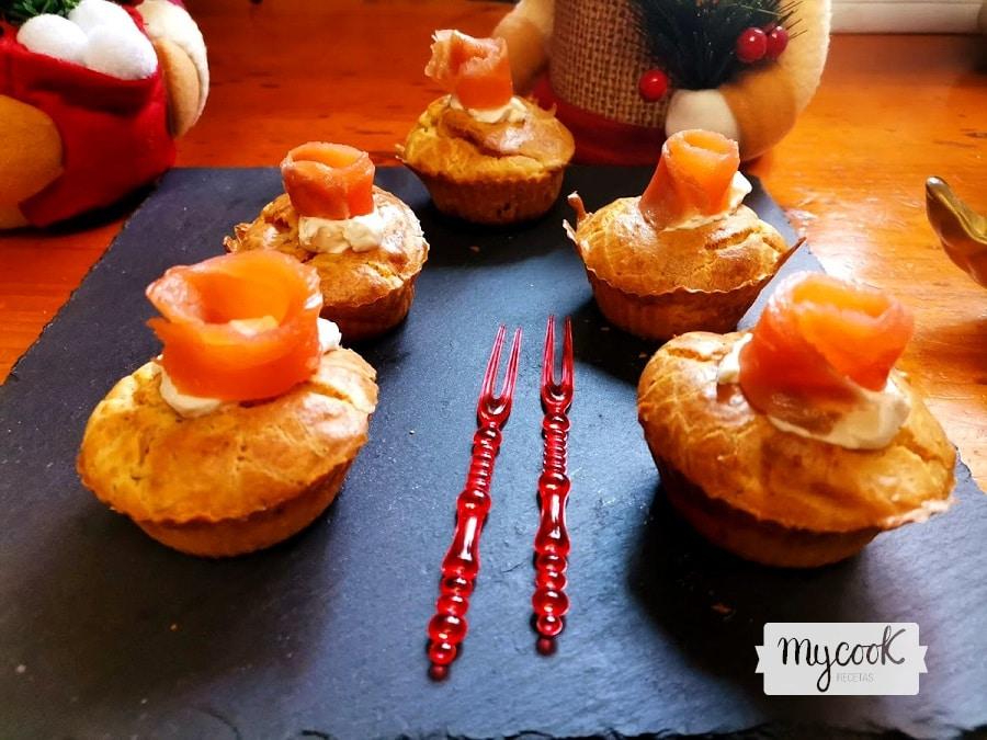 Mini muffins con salmón ahumado